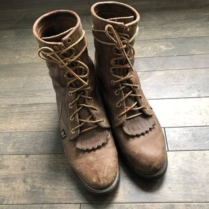 Justin Boots Distressed Leather Style 414 | 8.5